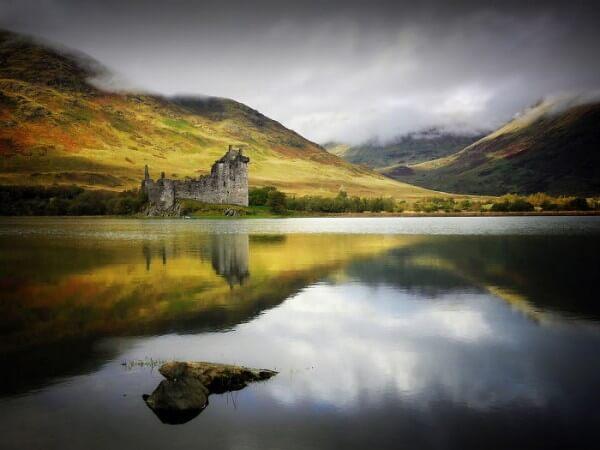 Les 23 plus beaux châteaux du monde