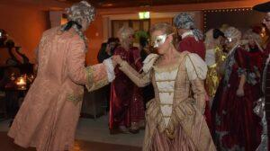 Carnaval de Venise, leçon de danse traditionnelle