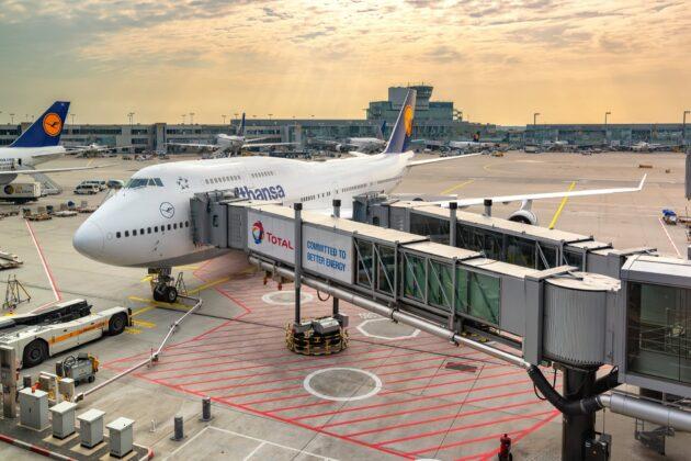 Avion, aéroport de Francfort le Main