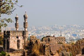 Vue sur Hyderabad depuis les murs du fort de Golkonda.