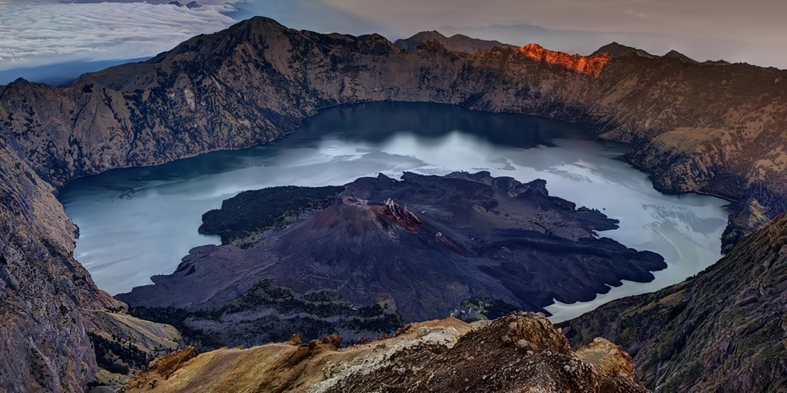 11 ascensions de volcans à faire dans le monde
