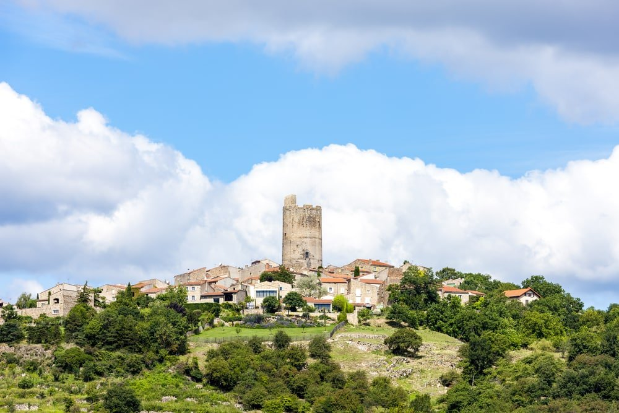 Visiter Montpeyroux : plus beaux villages de France