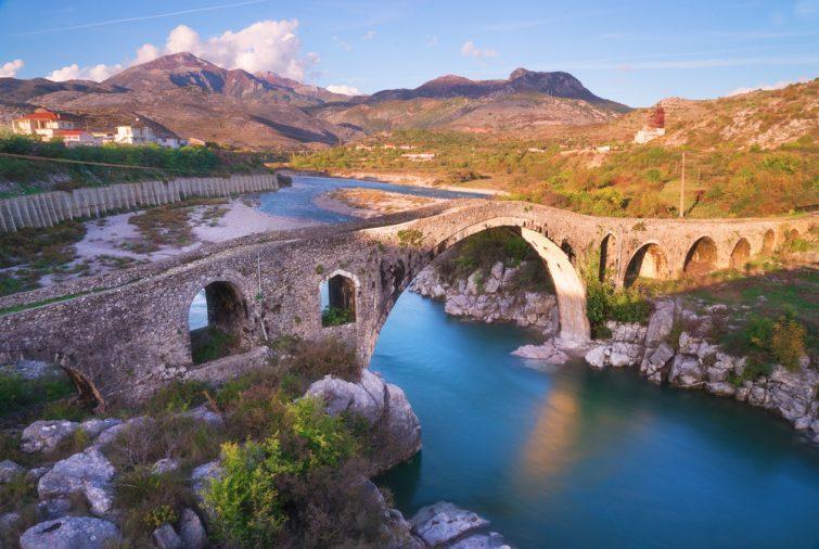 Αλβανία - Κέρκυρα ταξίδι με πλοίο