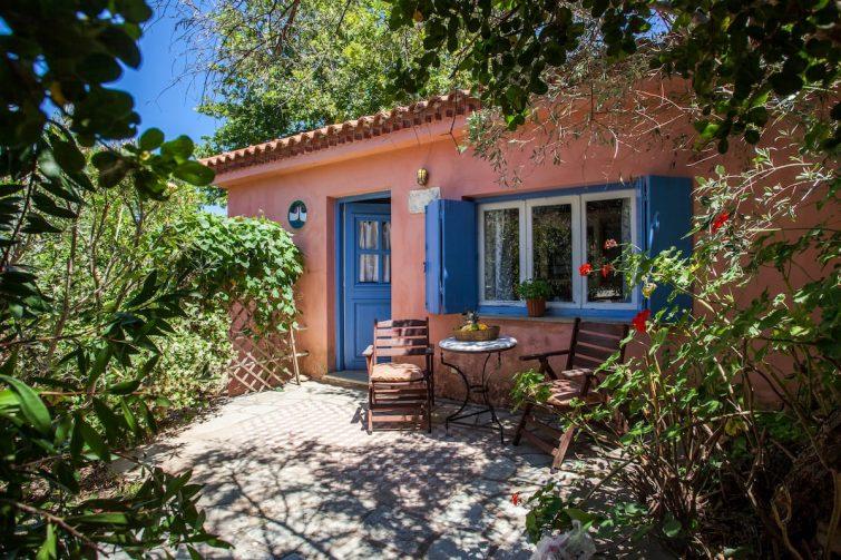 airbnb à Skópelos Charmante maison au cœur d'une oliveraie