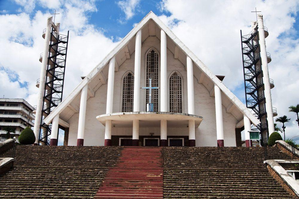 visiter Yaoundé : la cathédrale Notre-Dame-des-Victoires