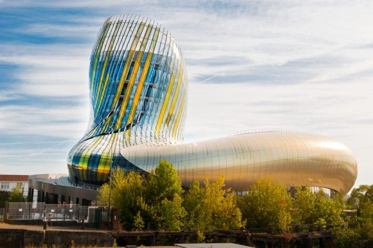 Explorer la Cité du Vin - visiter Bordeaux