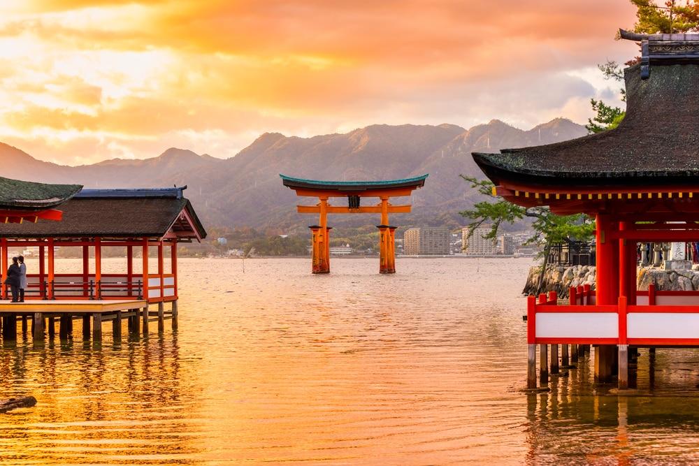 porte flottante de Torii - photos Japon