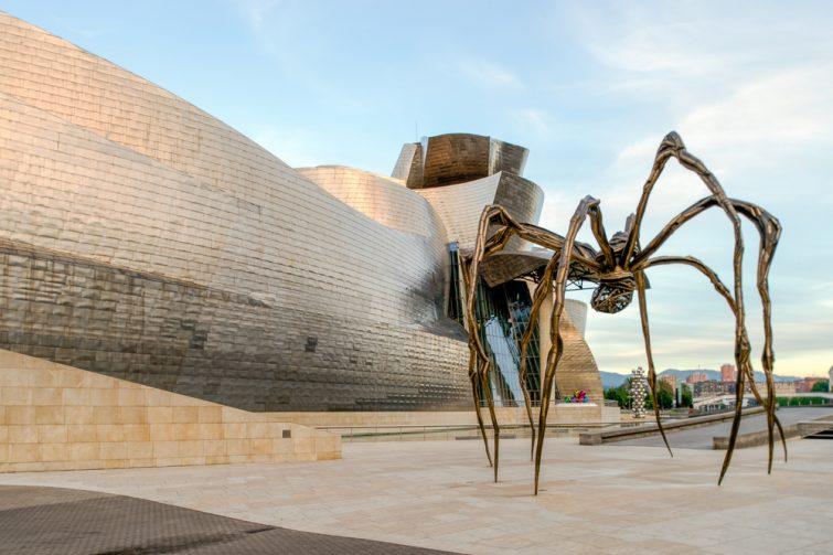 Visiter le musée Guggenheim : Araignée de Louise Bourgeois