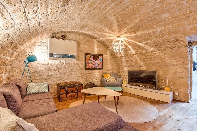 cave valentinoise