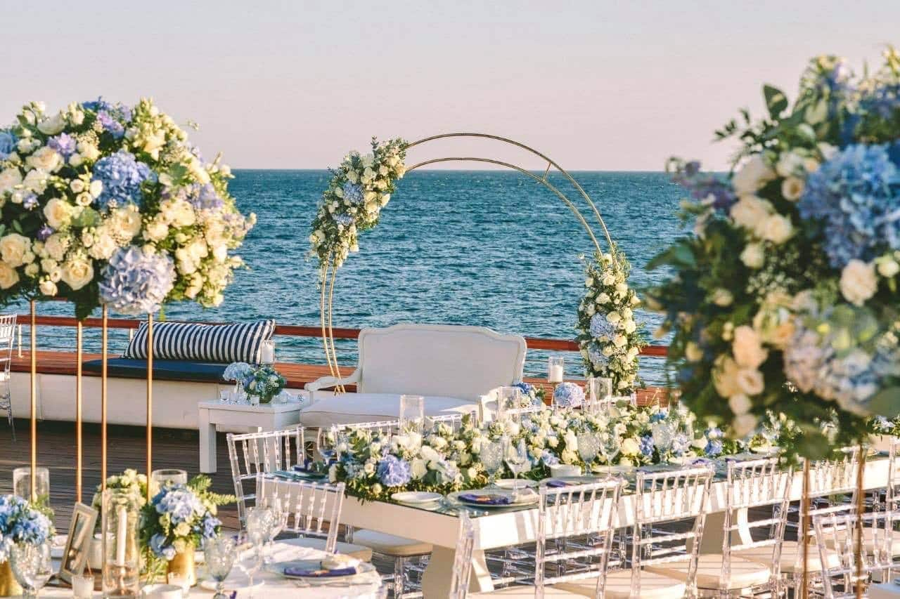 Grand Resort Lagonissi - hotels chers monde