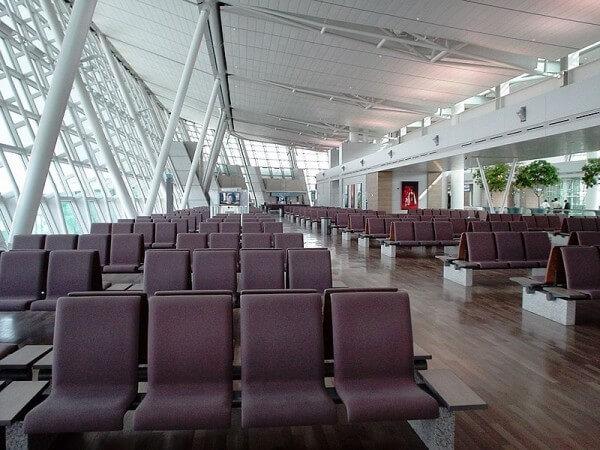 50 choses à faire dans un aéroport