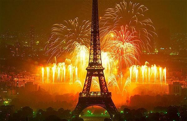 feu artifice paris
