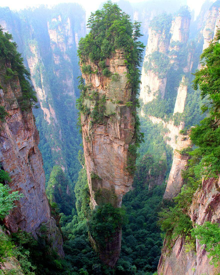 Les montagnes Tianzi, Chine