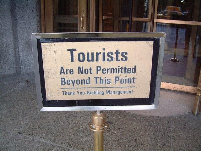 interdit aux touristes