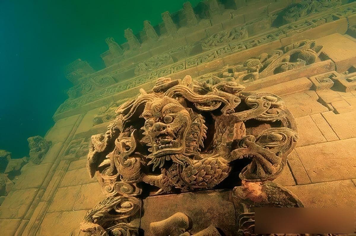 Shi Cheng, la Cité des Lions engloutie en Chine