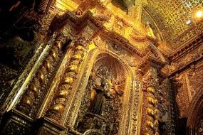 Quito budget