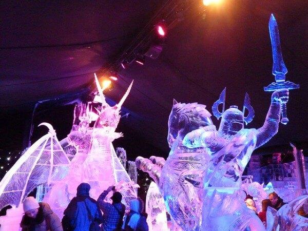 Le festival de sculptures sur glace de Bruges