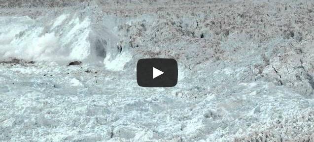 Le plus grand détachement d'Iceberg jamais filmé !