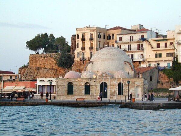 10 endroits incontournables à visiter en Crète !