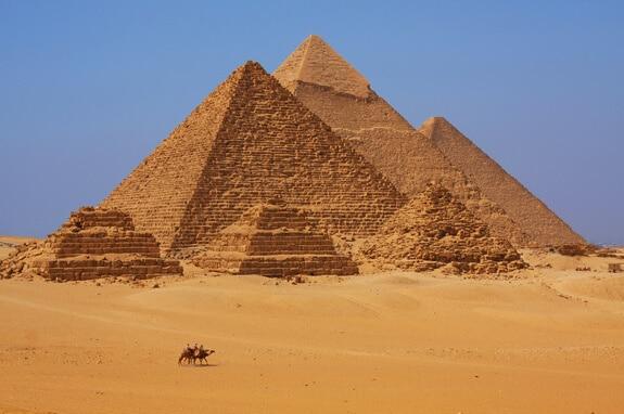 legende-pyramides-gizeh