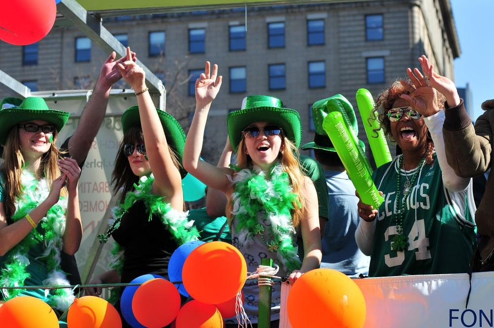 Personnes déguisées pour la Saint Patrick, Toronto, Canada