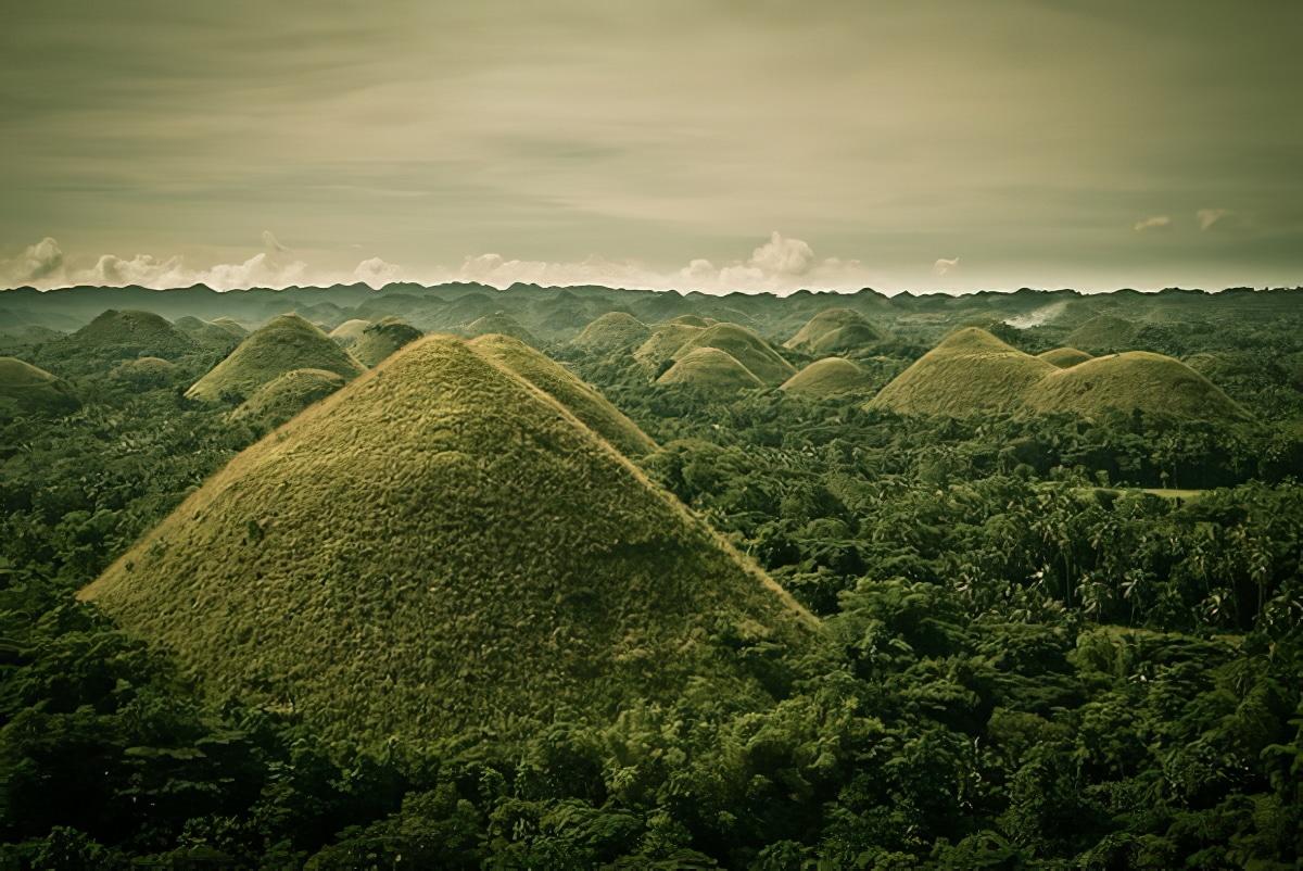 Les Chocolate Hills de Bohol aux Philippines