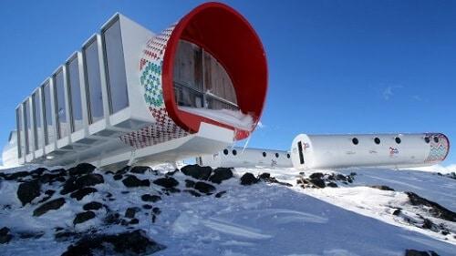 LEAPrus 3912 : le plus bel hôtel de Russie au sommet d'une montagne