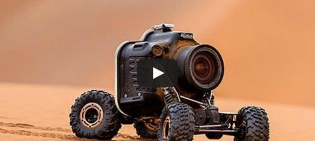 Une caméra buggy rencontre des lions