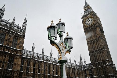 Londres et Big Ben sous la neige