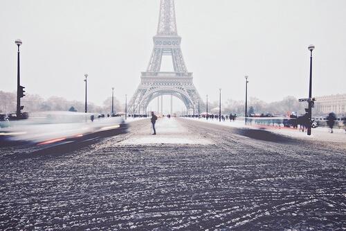 La Tour Eiffel sous la neige, Paris