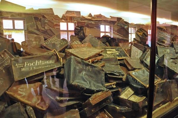 Valises et sacs des juifs à Auschwitz Birkenau Cracovie