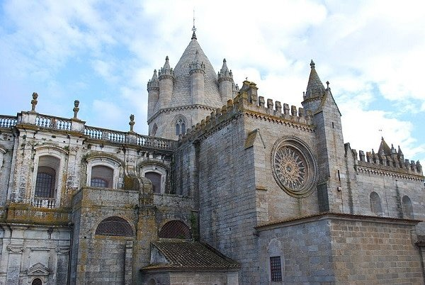 Cathédrale Évora Portugal