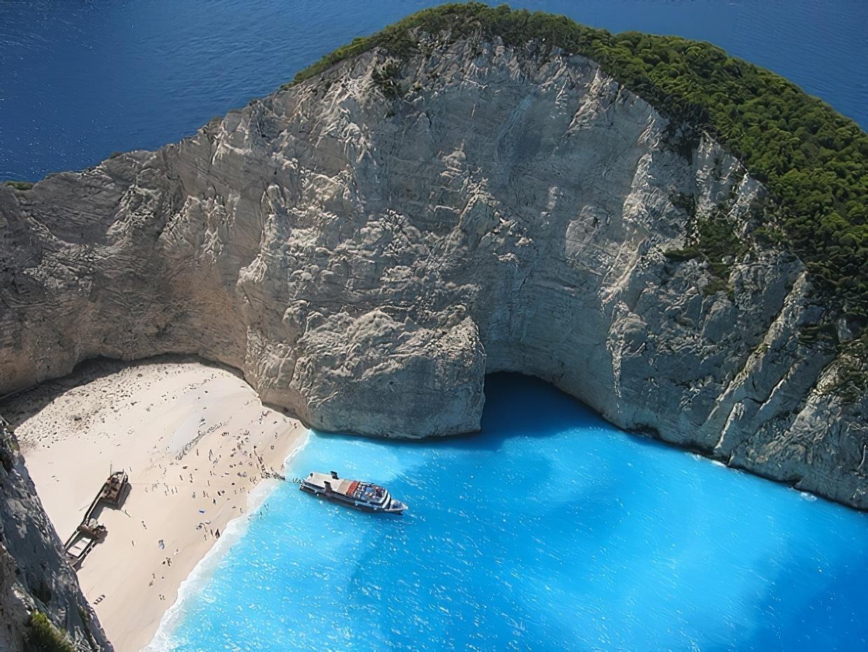 Navagio : la plus belle plage de Grèce…