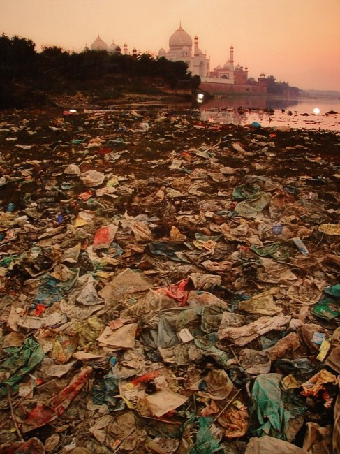 Taj Mahal détritus polution