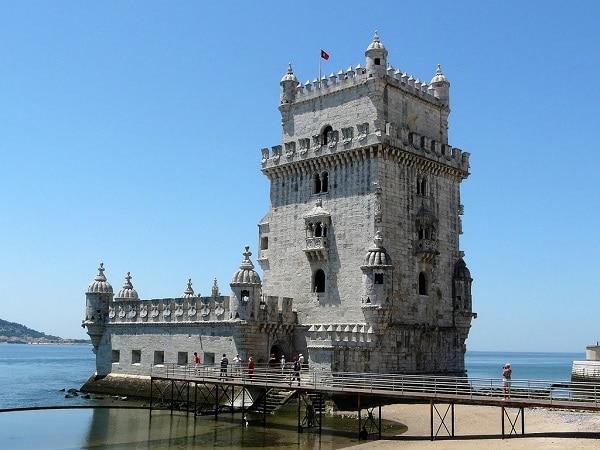 Visiter la tour de bel m une icone de lisbonne for Construire le belem