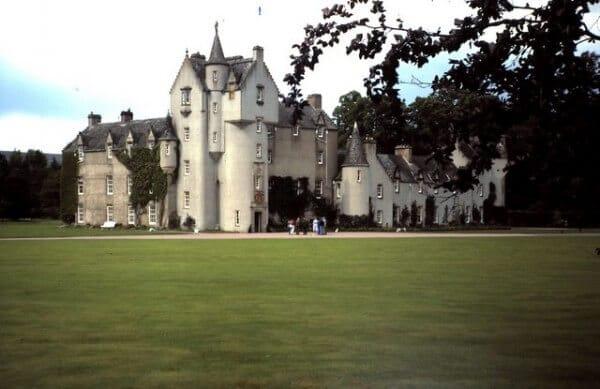 Château de Ballindalloch, Ecosse