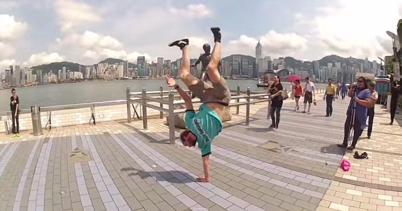 Le tour du monde sur un bras