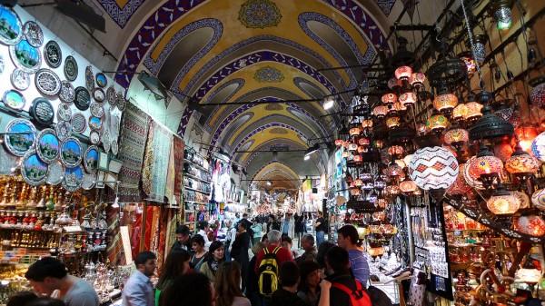 Visitez le Grand Bazar, le célèbre marché couvert d'Istanbul