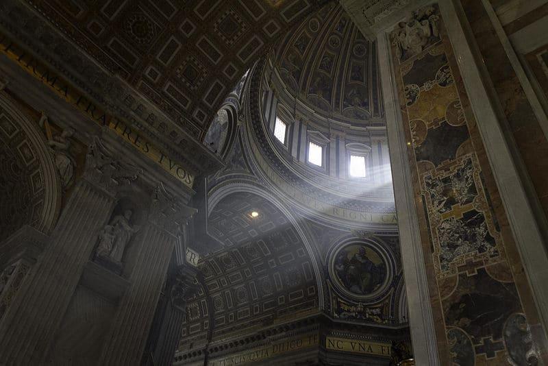 Intérieur de la Basilique Saint-Pierre, Vatican