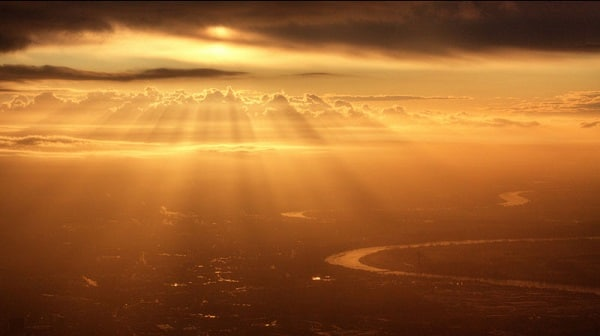Lever de soleil depuis avion