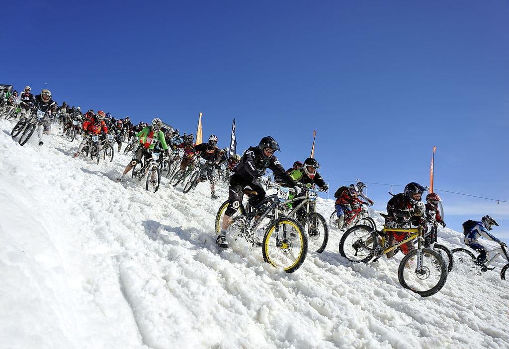 Megavalanche, la course VTT la plus folle au monde ?