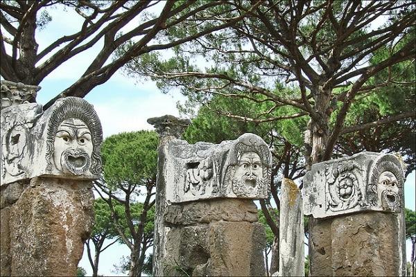 Peuple Ostia Antica