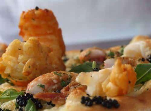 Pizza caviar