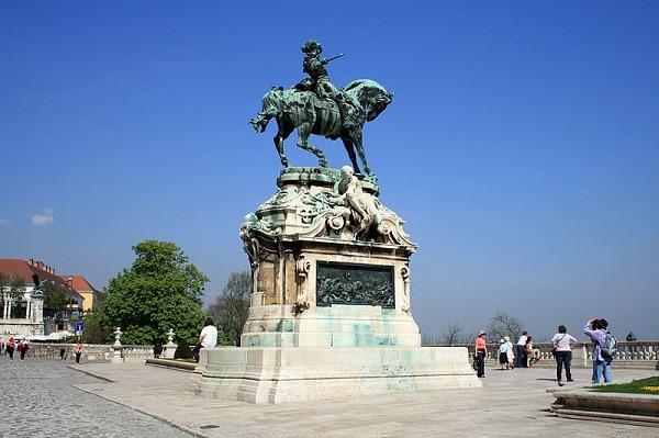 Statue Prince Eugene de Savoie Budapest