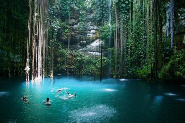 Le cénote de Ik Kil dans le Yucatán, au Mexique