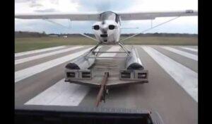 Hydravion décollage Terre