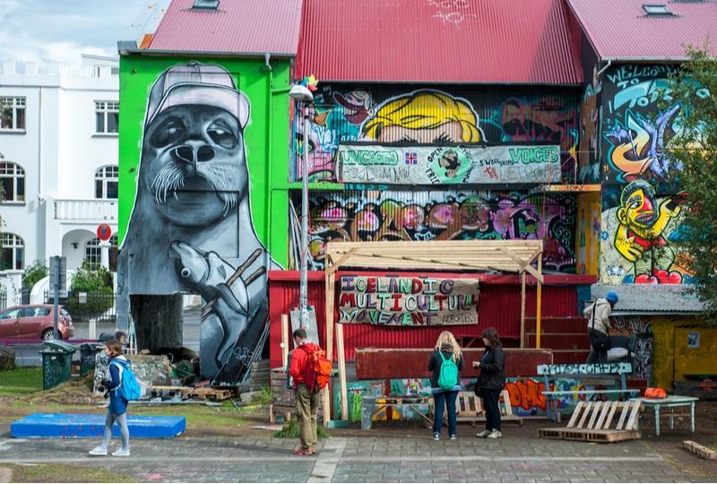 Scène de street art à Reykjavik