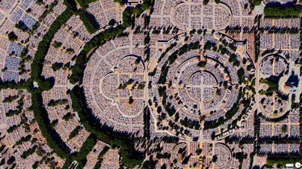 Vue satellite cimetière Almudena Madrid