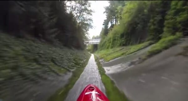 Une descente en kayak très rapide