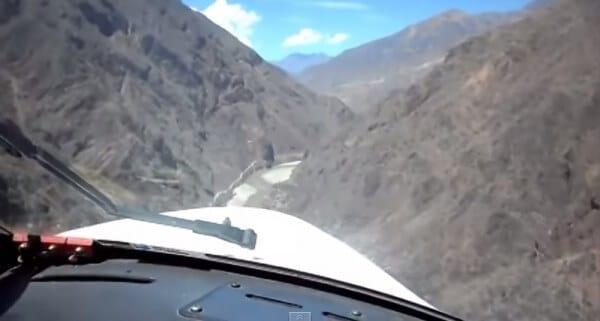 Une piste d'atterrissage dangereuse au Pérou